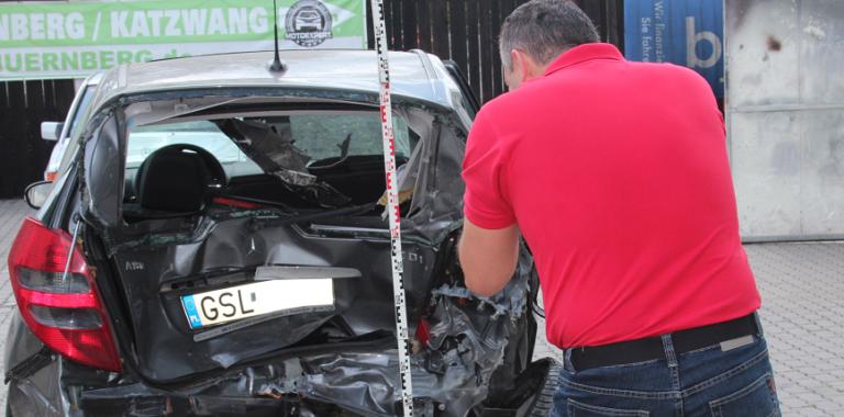 Błędnie wykonana opinia techniczna po wypadku drogowym w Niemczech